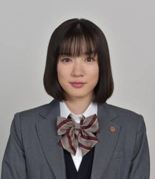 永野芽郁3年A組